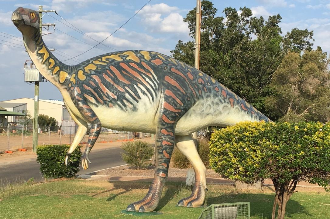 """""""Mutt"""" fibreglass replica of a Muttuburrasaurus dinosaur"""