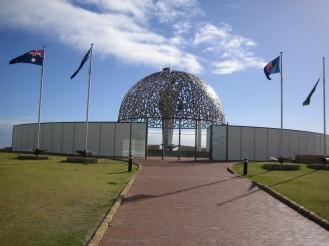 western_australia_-_geraldton_-_hmas_sydney_memorial_-_0097